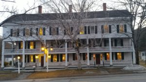 Grafton Inn at dusk