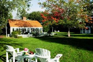 CaptainsHouse-Fall-Cottage-smaller