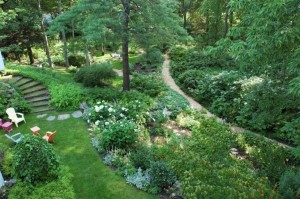 An aerial view of the garden paths at Camden Maine Stay Inn.