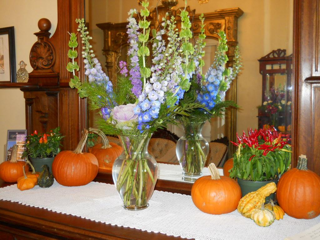 Autumn centerpiece at Cliffside Inn.