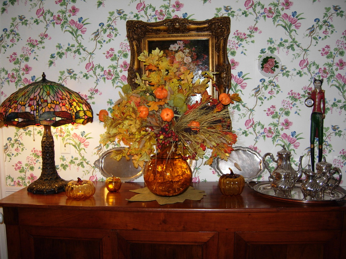 Fall decor at Camden Maine Stay Inn
