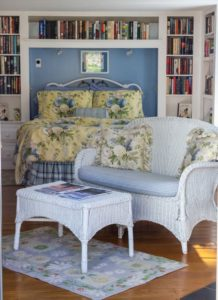 Camden Maine Stay guestroom