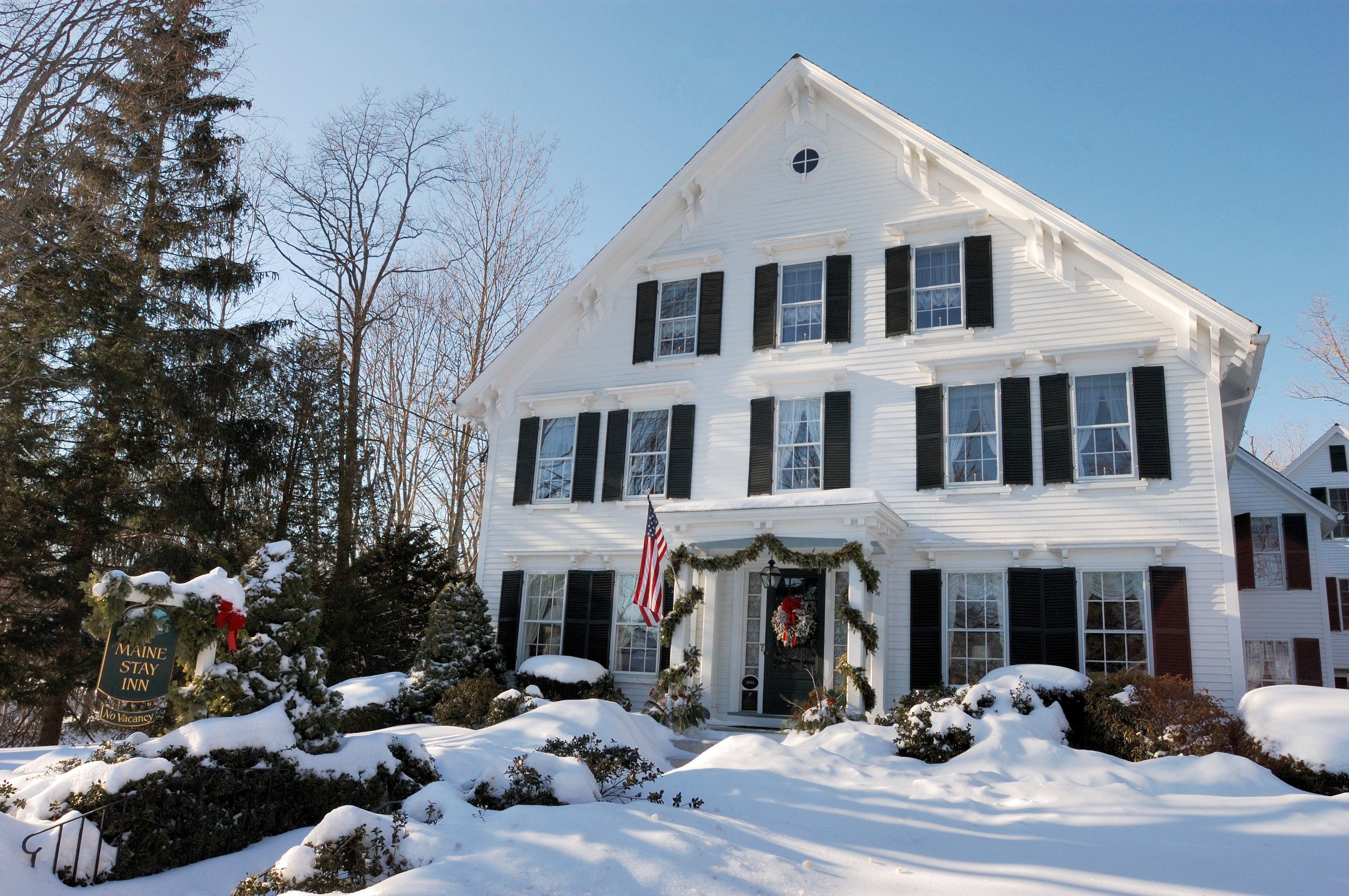 Camden Maine Stay Inn, winter