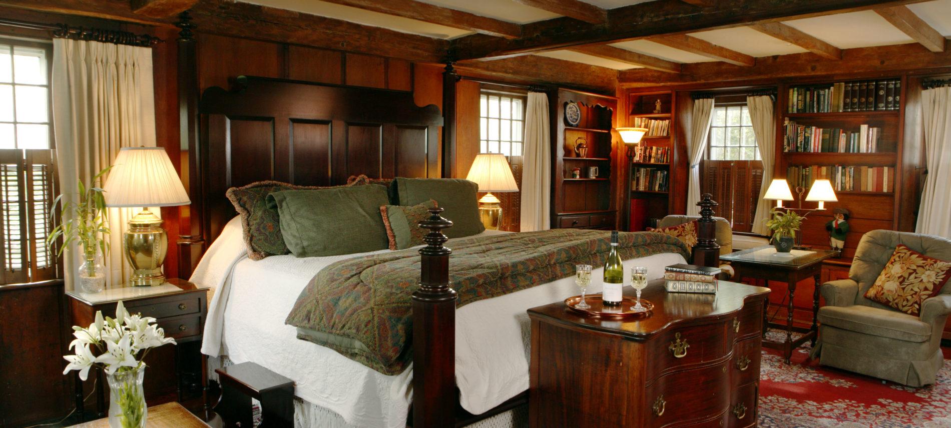 Harding Room at Captain's House Inn