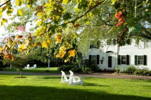 fall at Captain's House Inn