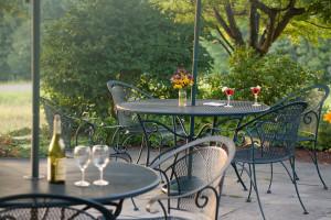 Drinks on the Chesterfield Inn patio.