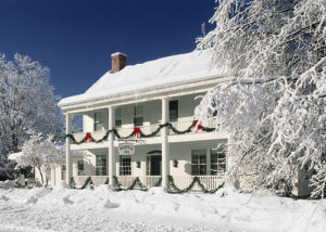 Deerfield Inn, holiday decor