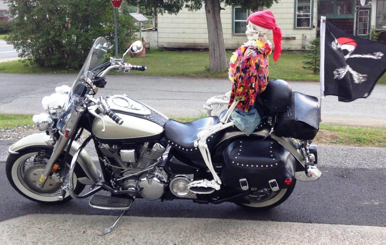 Skelton on motorcycle at Deerfield Inn