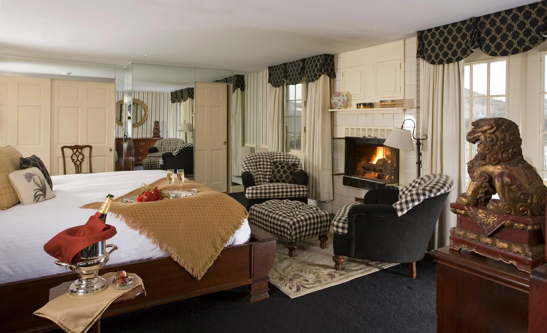 Manor on Golden Pond guest room