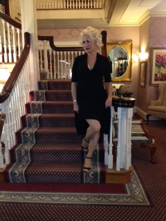 Marilyn Monroe look alike at Gateways Inn