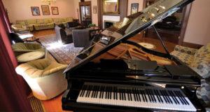 Piano Bar at Gateways Inn, Lenox, Ma