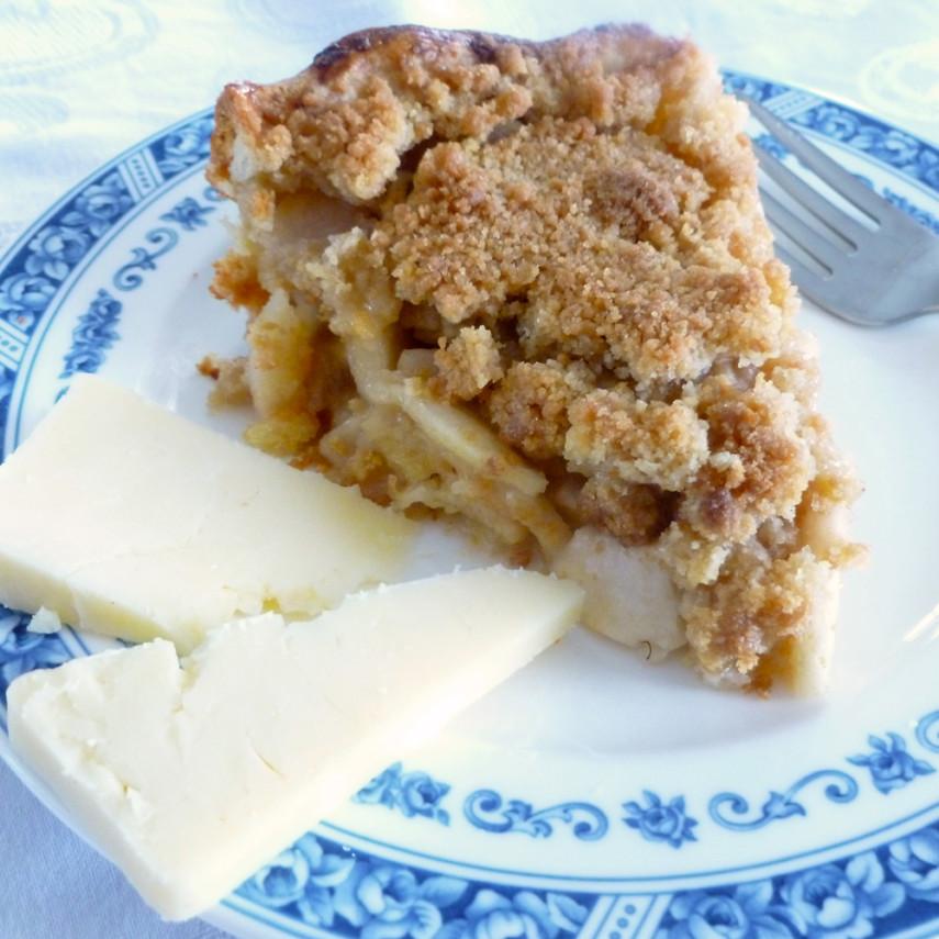 Grafton Inn's Apple Cheddar Pie