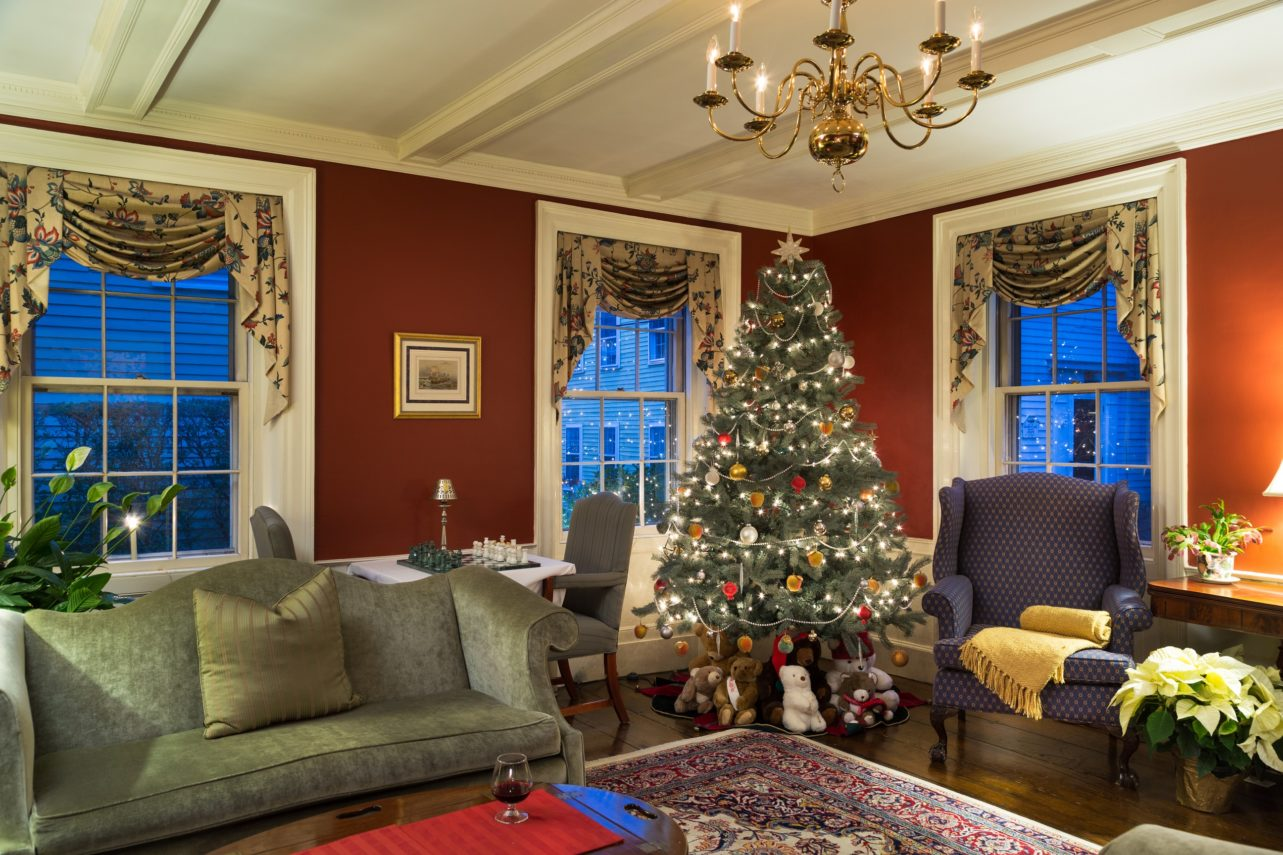 Parlor at Harbor Light Inn with Christmas tree