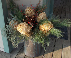 Holiday planter at Chesterfield Inn