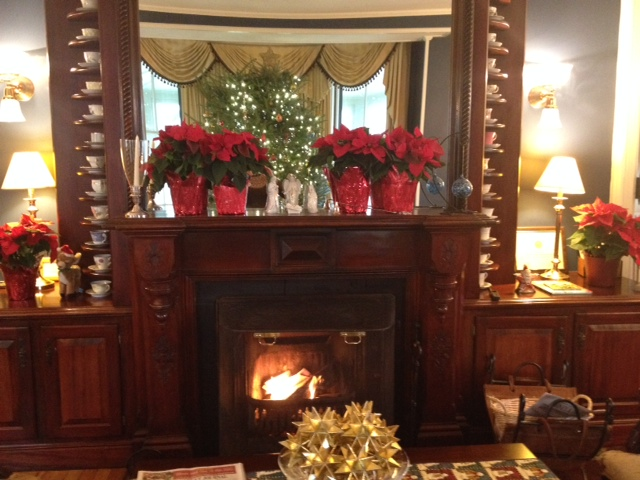 Cliffside Inn's holiday mantle decorations