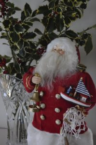 Nautical Santa at Inn at Harbor Hill Marina