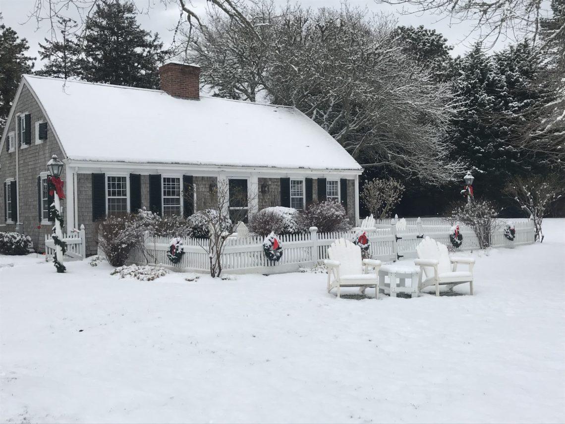 Snow at Captain's House Inn
