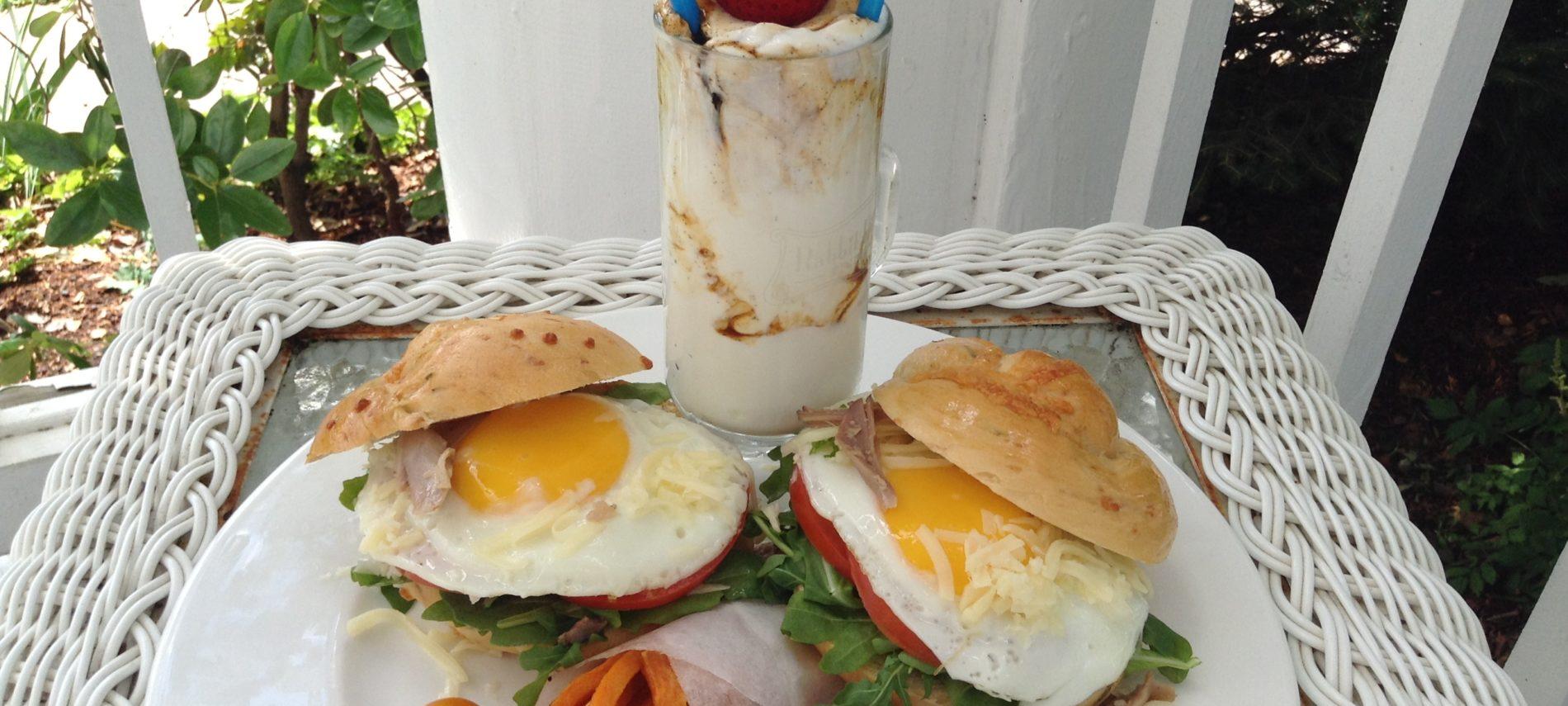 Rabbit Hill Inn's retro breakfast