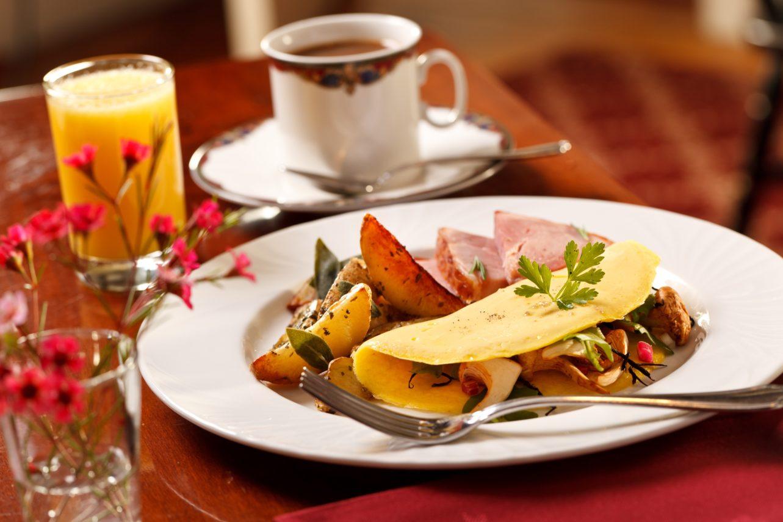 Breakfast at Rabbit Hill Inn