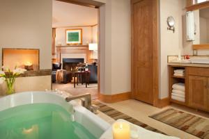 The Bath at Taverns Secret at Rabbit Hill Inn.