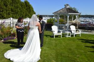wedding couple at Inn at Harbor Hill Marina