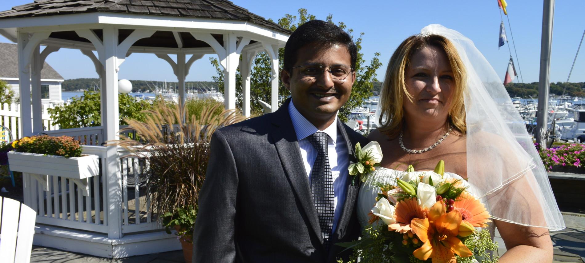 Weddings and elopements at Inn at Harbor Hill Marina