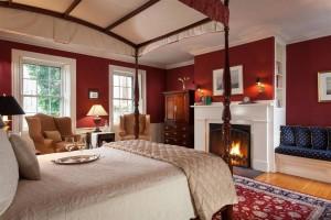 Fireplace room at Harbor Light Inn